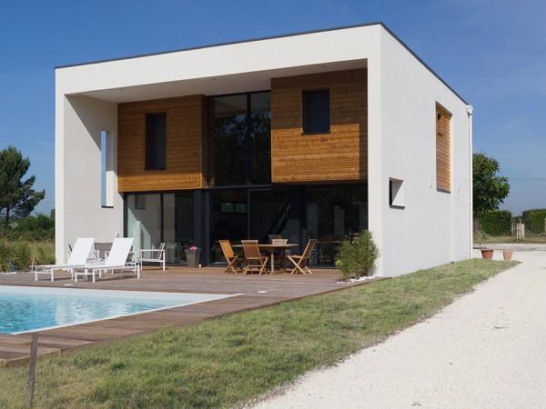 Thumbnail for Maison à Léognan (33)